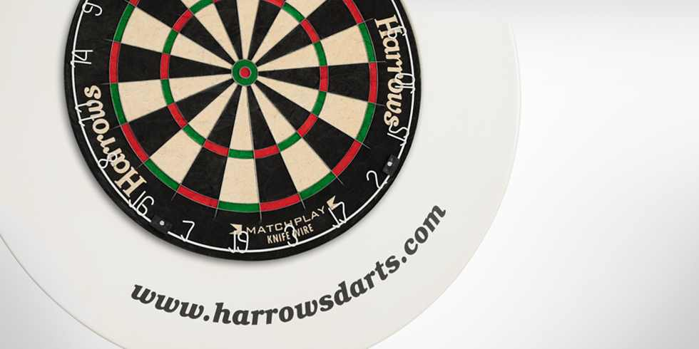 Harrows okruží Dartboard Surround červený